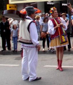 Ucraineanca de Siret si chitaristul basarabean