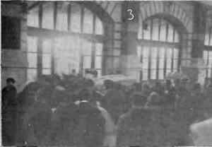 1915 GAZETA ILUSTRATA Refugiati in sala de revizie a vamii Burdujeni